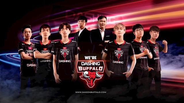 LMHT: HLV Ling Cao Thủ chia tay Dashing Buffalo chỉ sau một mùa giải - Ảnh 2.