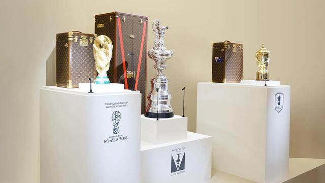 LMHT: Lộ diện hộp đựng cup vô địch CKTG 2019 Louis Vuitton, trận Chung kết thế giới sẽ ngập tràn hàng hiệu - Ảnh 1.