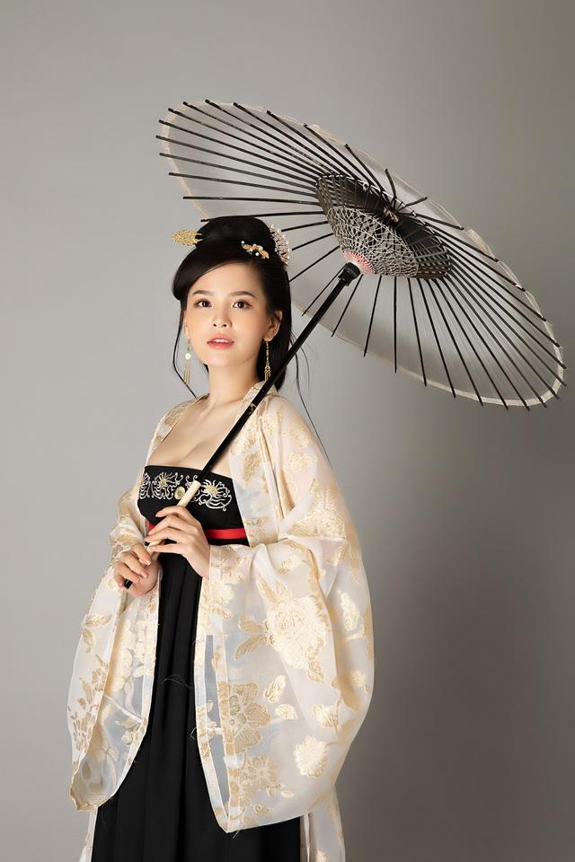JX1 Huyền Thoại Võ Lâm khiến game thủ tròn mắt với màn cosplay xinh không tỳ vết của Thánh Nữ Trang Phi - Ảnh 8.