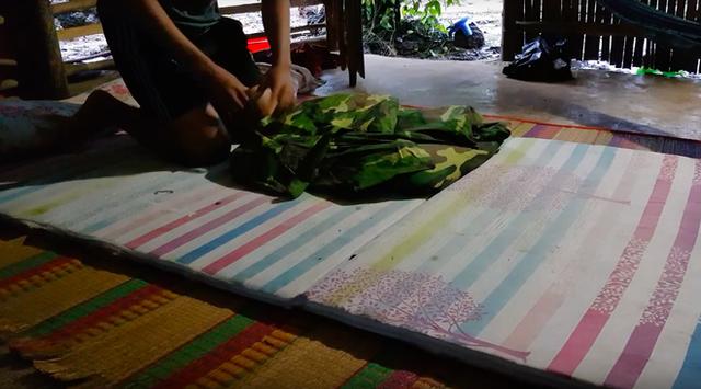 Youtuber nghị lực nhất Việt Nam: ở nhà tre nứa, làm phụ hồ nhưng vẫn gây dựng được channel ẩm thực hơn 760k subscribers - Ảnh 15.