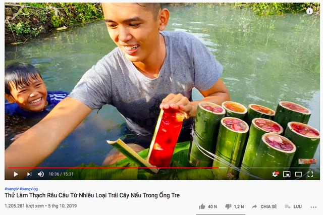 Youtuber nghị lực nhất Việt Nam: ở nhà tre nứa, làm phụ hồ nhưng vẫn gây dựng được channel ẩm thực hơn 760k subscribers - Ảnh 26.
