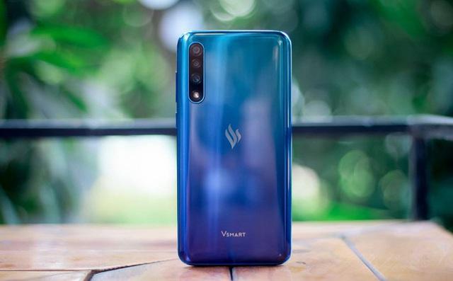 Top 10 điện thoại tầm trung có hiệu năng mạnh nhất: Bất ngờ với smartphone từ Việt Nam - Ảnh 2.