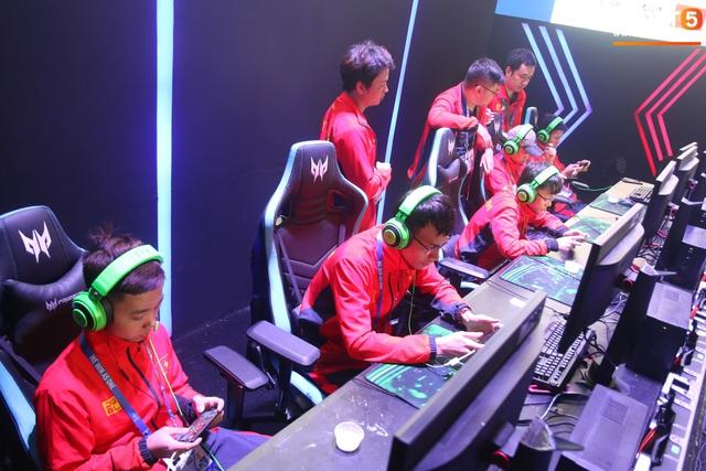 Đội tuyển quốc gia Mobile Legends: Bang Bang Việt Nam kết thúc hành trình SEA Games 30 - Xuất sắc lọt Top 4 đội mạnh nhất - Ảnh 6.