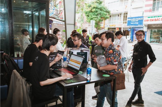 """Game thủ AxE: Alliance x Empire """"quẩy tung nóc"""" cùng Big Offline siêu hoành tráng tại Sài Gòn - Ảnh 2."""