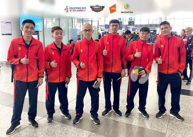 Sau chuyến bay hú hồn, đội tuyển quốc gia Mobile Legends Việt Nam đã đặt chân an toàn tới Philippines - Ảnh 1.