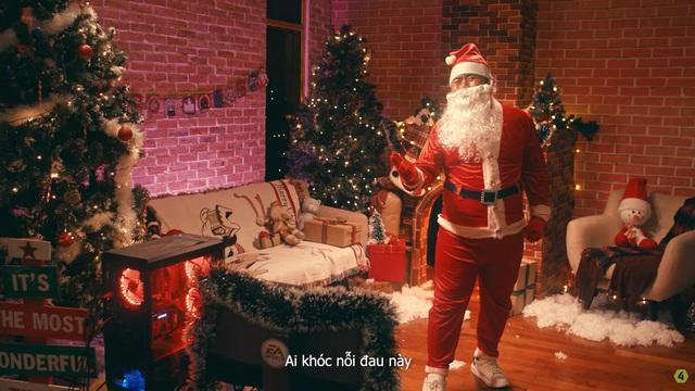 Santa FIFA bất ngờ trở lại trong clip mới nhất của FIFA Online 4 - Ảnh 17.