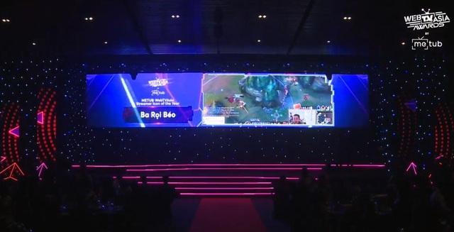 Đang tham dự All-Star, Thầy Ba vẫn được vinh danh tại giải thưởng truyền thông danh giá hàng đầu châu Á - Ảnh 1.