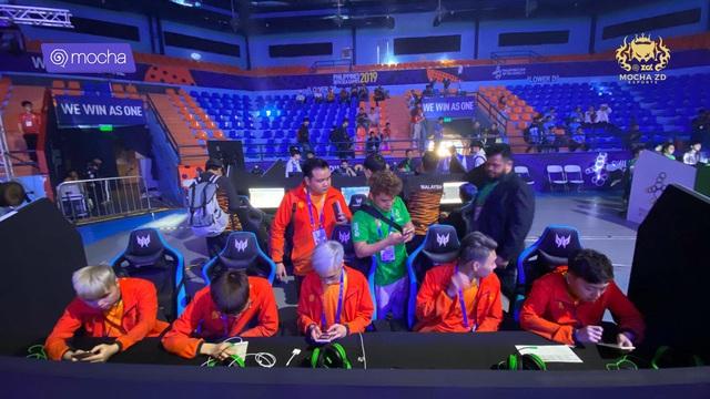 Liên Quân Mobile: Xếp nhì bảng, Việt Nam gặp Malaysia ở vòng playoff, vẫn sáng cửa vào chung kết - Ảnh 1.
