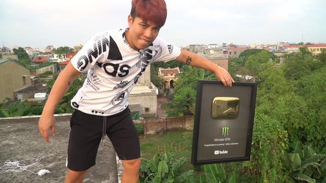Những vlogger thu nhập 'khủng' nhất Việt Nam: Nếu Bà Tân Vlog số hai thì ai đứng số một? - Ảnh 5.