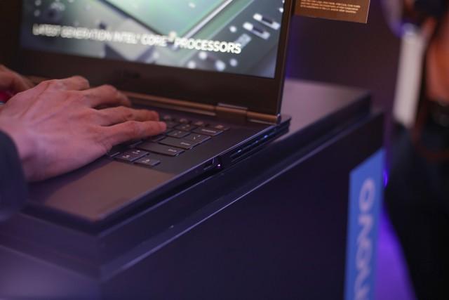 Cận cảnh laptop gaming siêu khủng Legion Y740 mới của Lenovo: Trang bị cả RTX 2080 chiến game bao mượt - Ảnh 9.