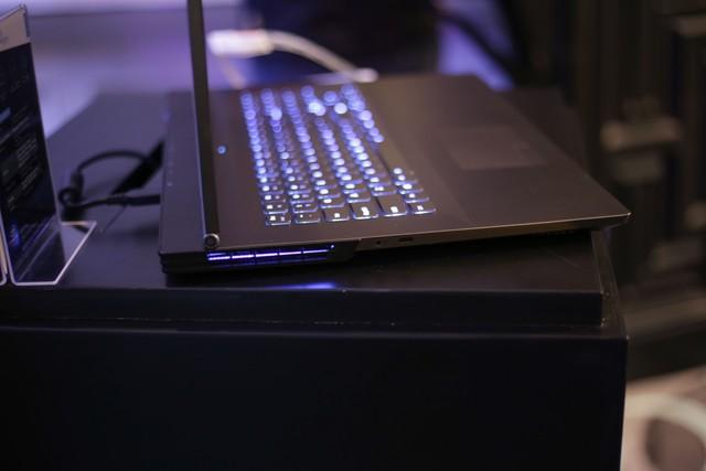 Cận cảnh laptop gaming siêu khủng Legion Y740 mới của Lenovo: Trang bị cả RTX 2080 chiến game bao mượt - Ảnh 19.