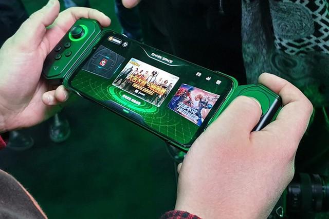 Loạt smartphone Xiaomi đáng để tín đồ game mobile sắm về chiến game nhất (P1) - Ảnh 1.