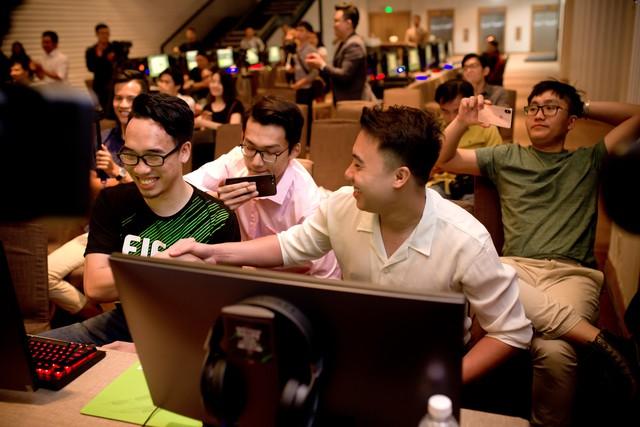 Dàn Streamers, Youtubers hùng hậu nhất Việt Nam hội tụ tại Shape Your Football của FIFA ONLINE 4 - Ảnh 11.