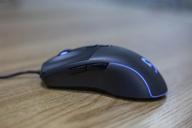 Fuhlen G92S: Chuột gaming bất tử dành cho game thủ tay to - Ảnh 4.