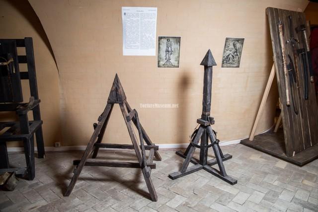 Điểm danh 8 công cụ tra tấn man rợ nhất từng được sử dụng lên người thời trung cổ - Ảnh 4.