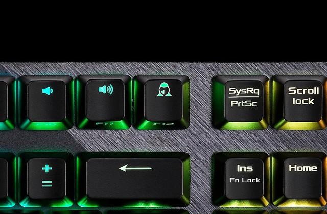 ASUS giới thiệu bàn phím cơ ROG Strix Scope với nút Ctrl to đùng rất tuyệt vời cho game thủ - Ảnh 4.