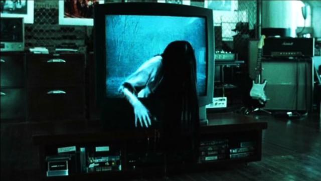 5 bộ phim kinh dị đỉnh cao khiến khán giả phải tự xoắn não mình để hiểu - Ảnh 3.