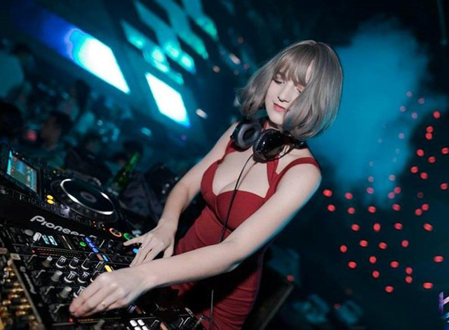 DJ Ukraine làm náo loạn Hà Nội vì xinh như thiên thần, khiến búp bê cũng phải ghen tị - Ảnh 4.
