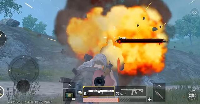 PUBG Mobile: Súng phóng lựu RPG không đủ lực để giải quyết Tyrant chỉ với một phát bắn - Ảnh 6.