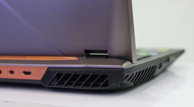 Asus ROG G703GX - Laptop gaming quái vật với CPU i9, RTX 2080 không những chơi game mượt mà còn giúp game thủ tăng cường sức khỏe - Ảnh 8.