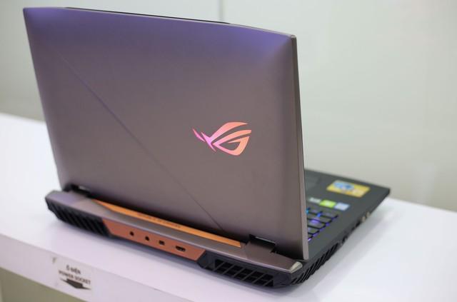 Asus ROG G703GX - Laptop gaming quái vật với CPU i9, RTX 2080 không những chơi game mượt mà còn giúp game thủ tăng cường sức khỏe - Ảnh 24.