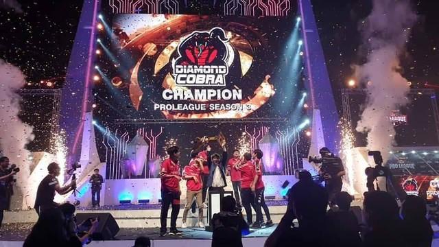 JJAK và Sun đi vào lịch sử Liên Quân Mobile thế giới với danh hiệu vô địch thứ 3 - Ảnh 3.