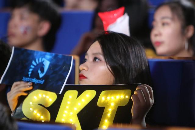 LMHT: Fan Việt quá cuồng nhiệt, trang chủ SKT T1 liên tục gửi lời cảm ơn tới game thủ nước chủ nhà - Ảnh 7.