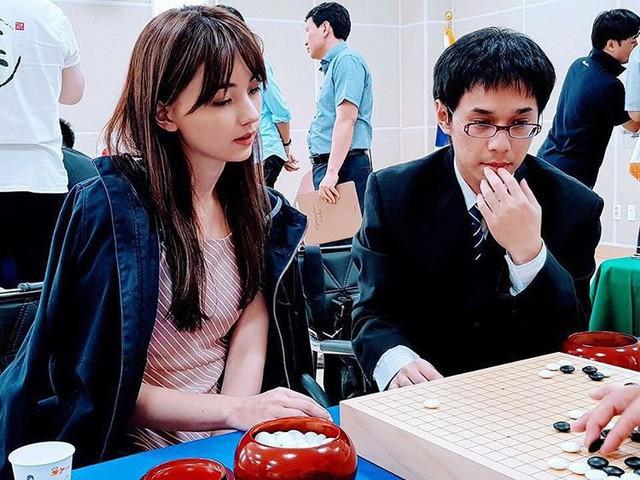 Kỳ thủ cờ vây xinh đẹp nhất Đài Loan: Đẹp như mỹ nữ truyện tranh, lại còn đánh cờ hay - Ảnh 1.