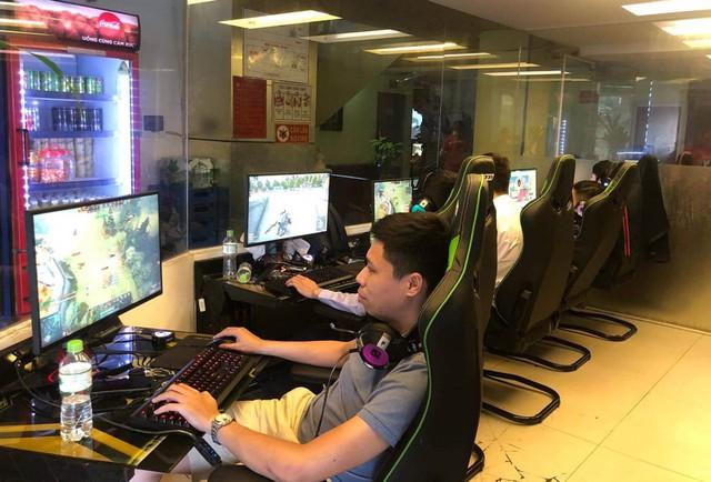 StarGame - Phòng máy chơi lớn đầu tư hẳn CPU i9 9900k + RTX 2070 cực khủng tại Hà Nội - Ảnh 1.