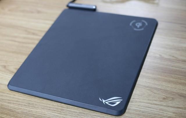 Cận cảnh Asus ROG Balteus Qi - Pad chuột phải sắm cho game thủ dùng smartphone xịn - Ảnh 11.