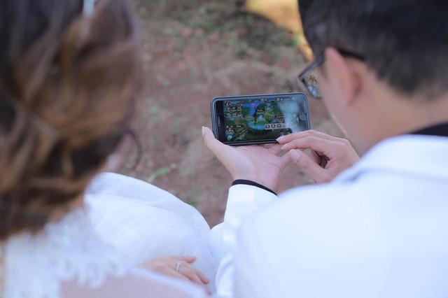 Game thủ đánh nhanh diệt gọn: Quen nhau từ server 1, nhảy đủ 39 server, 4 tháng chốt hạ cưới luôn - Ảnh 8.