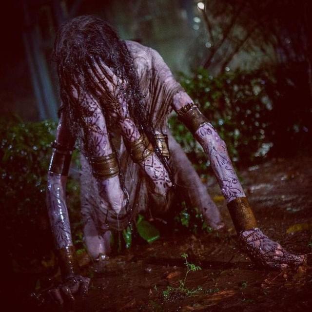 Không cần CGI, chứng bệnh lạ kỳ khiến chàng trai cao 1m98, nặng 55kg trở thành siêu sao phim kinh dị - Ảnh 13.