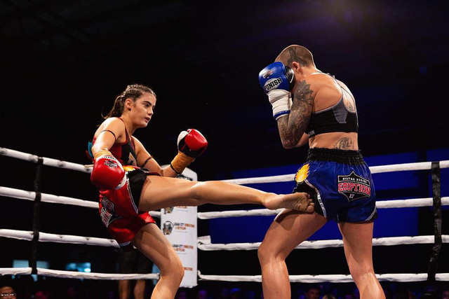 Vẻ quyến rũ chết người của cô nàng 18 tuổi nhưng đã sở hữu 2 đai vô địch thế giới Muay Thái - Ảnh 2.