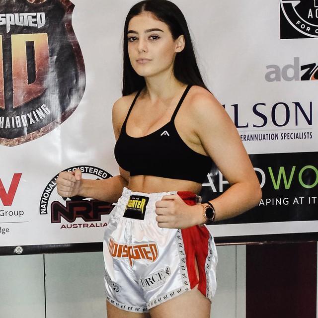 Vẻ quyến rũ chết người của cô nàng 18 tuổi nhưng đã sở hữu 2 đai vô địch thế giới Muay Thái - Ảnh 9.