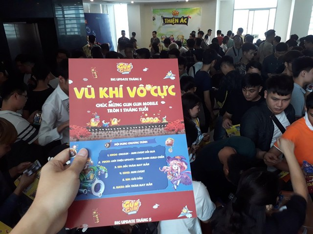 Lạc nhau giữa biển người dự offline Gun Gun Mobile: Không hổ danh cộng đồng nhiều trai xinh gái đẹp nhất Việt Nam - Ảnh 6.