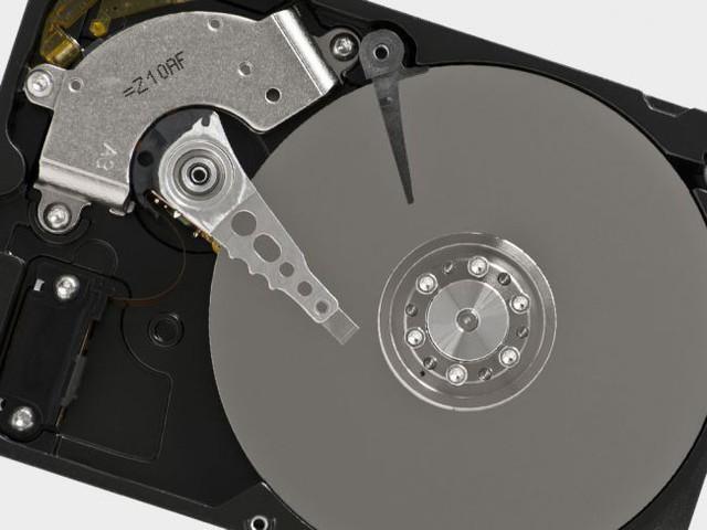 Những chiếc HDD trên PC đang đến rất gần con đường tuyệt chủng - Ảnh 1.