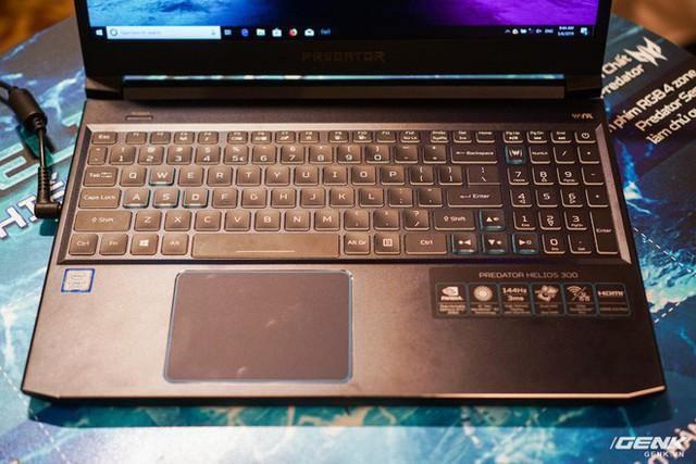 Ảnh thực tế loạt laptop gaming mới của Acer: Predator Helios 700 có cả cơ chế bàn phím trượt - Ảnh 9.