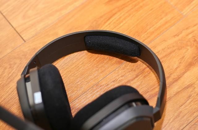 Vặn thử Astro A10, tai nghe gaming bất tử đập xoắn thoải mái cũng không sao - Ảnh 5.