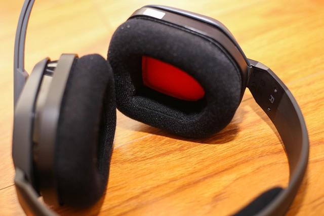 Vặn thử Astro A10, tai nghe gaming bất tử đập xoắn thoải mái cũng không sao - Ảnh 7.
