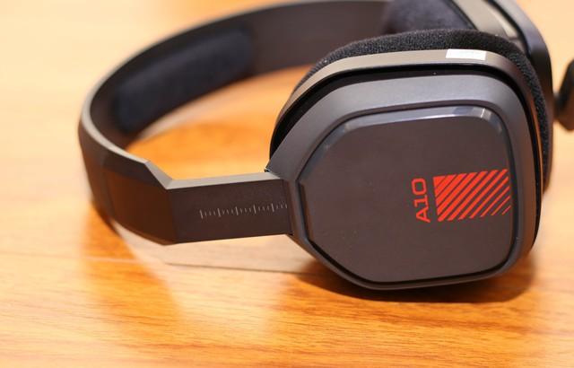 Vặn thử Astro A10, tai nghe gaming bất tử đập xoắn thoải mái cũng không sao - Ảnh 8.