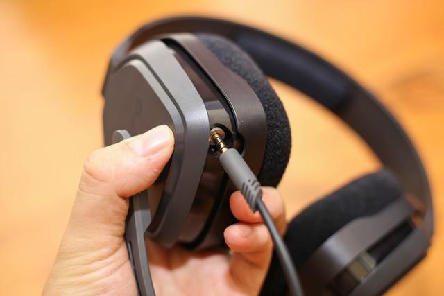 Vặn thử Astro A10, tai nghe gaming bất tử đập xoắn thoải mái cũng không sao - Ảnh 14.