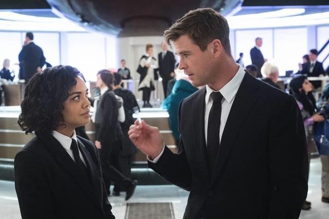 5 điểm đặc biệt khiến Men In Black: International xứng danh phần phim thú vị nhất trong loạt series Đặc vụ áo đen - Ảnh 1.