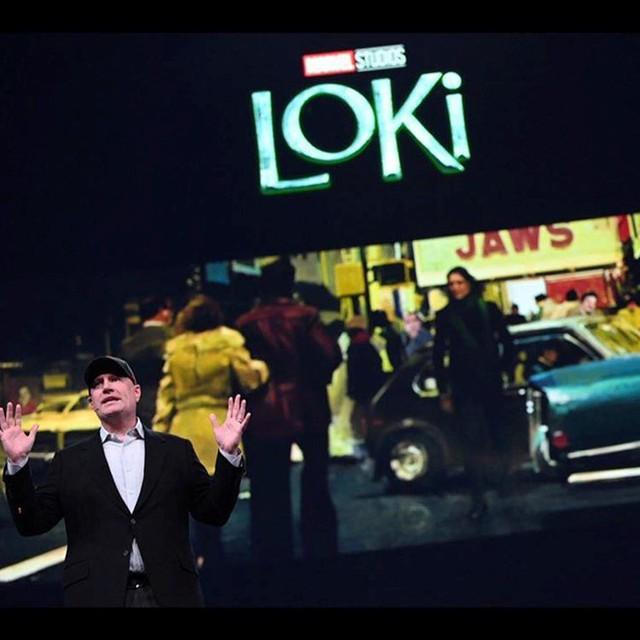Hé lộ hình ảnh đầu tiên của Loki trong phần phim riêng, thần lừa lọc sẽ đưa khán giả về quá khứ cùng thuyết du hành thời gian - Ảnh 3.