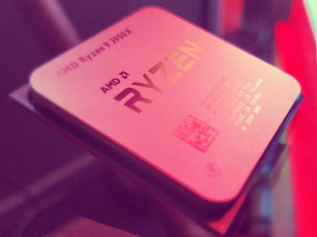 Lộ điểm số của AMD Ryzen 9 3950X 16 nhân: Vả rụng răng Intel Core i9-9980XE 18 nhân, chơi game bao mượt - Ảnh 1.