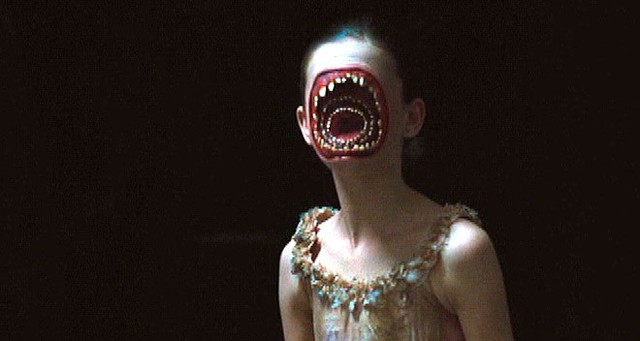 8 màn kỹ xảo CGI ám ảnh bậc nhất trong phim kinh dị - Ảnh 1.