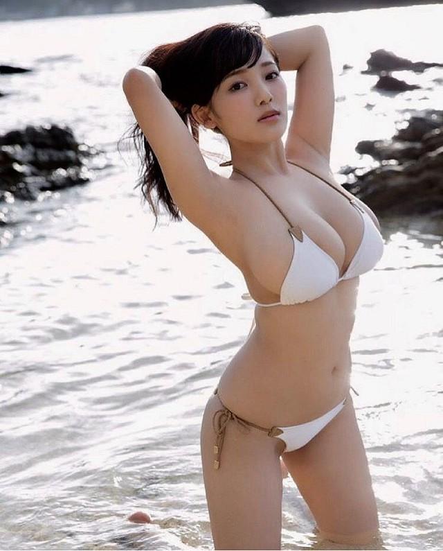 Chỉ cao mét rưỡi nhưng ngực thì quá khổ, hai cô nàng nấm lùn đang làm điên đảo làng người mẫu Nhật Bản - Ảnh 3.