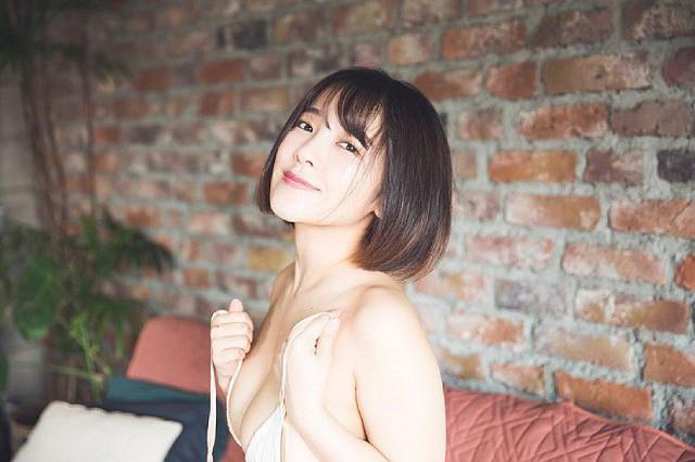 Chỉ cao mét rưỡi nhưng ngực thì quá khổ, hai cô nàng nấm lùn đang làm điên đảo làng người mẫu Nhật Bản - Ảnh 9.