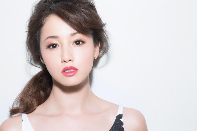 Quốc bảo phim 18+ Nhật Bản: Lấy chồng già hơn 22 tuổi, mỗi tháng chỉ cho phép quan hệ 5 lần, muốn hơn phải trả 100 triệu/lần - Ảnh 3.