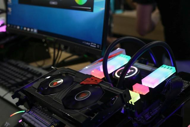 Đây chính là gian hàng tập trung nhiều máy tính độ đẹp nhất Computex - Ảnh 12.