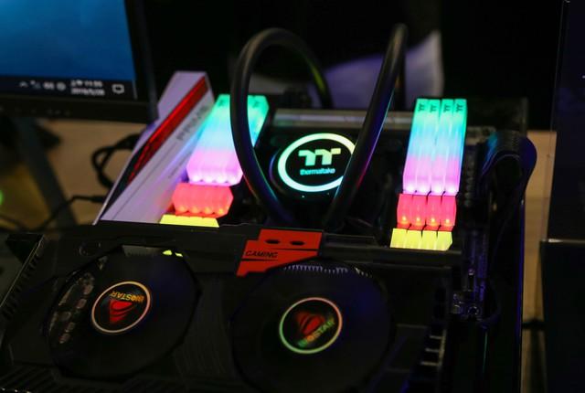 Đây chính là gian hàng tập trung nhiều máy tính độ đẹp nhất Computex - Ảnh 13.